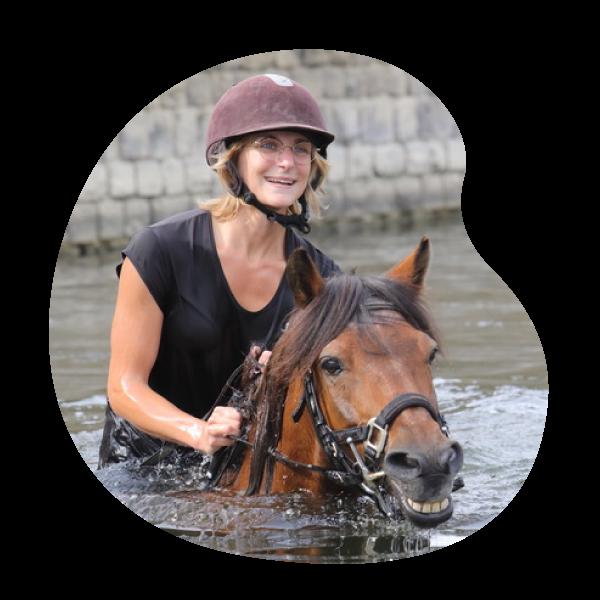 Docteur Charlotte Lausberg | Cabinet vétérinaire et ostéopathie animale à Sprimont Ostéopattes